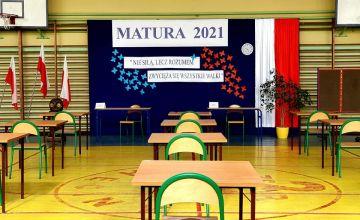 Sala egzaminacyjna w PZS w Chęcinach